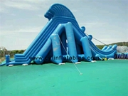 Inflatable high water slide